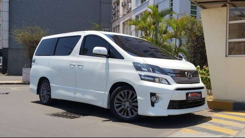 Toyota Vellfire 2.4 Z 2013 Perfect Condition Like New 0