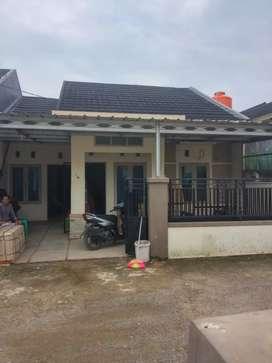 Rumah dikontrakkan lokasi strategis