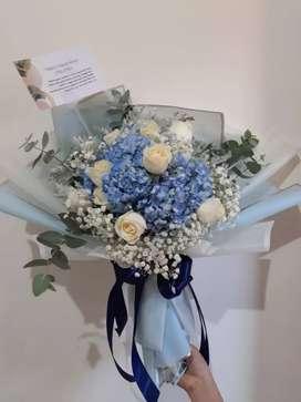 Buket bunga Blue Blossom
