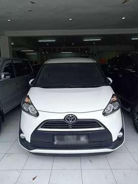 "Toyota Sienta V Matic 2016 Putih ""km30rb"", Pajak Panjang ~Surabaya~"