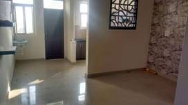 For rent - 3bhk flat with almirahs in every room, attached bathrooms