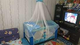 Box bayi tempat tidur baby boks merk crater bagus tidak sobek bersih