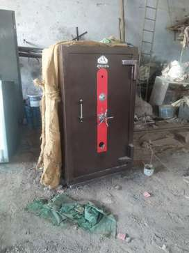 Safe Tijori locker