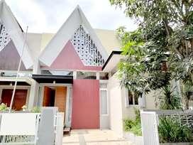Disewakan Rumah Exclusive di Perumahan Elite Permata Jingga