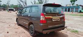 Toyota Innova 2010 Diesel Well Maintained All paper complete.