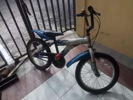 Sepeda anak BMX