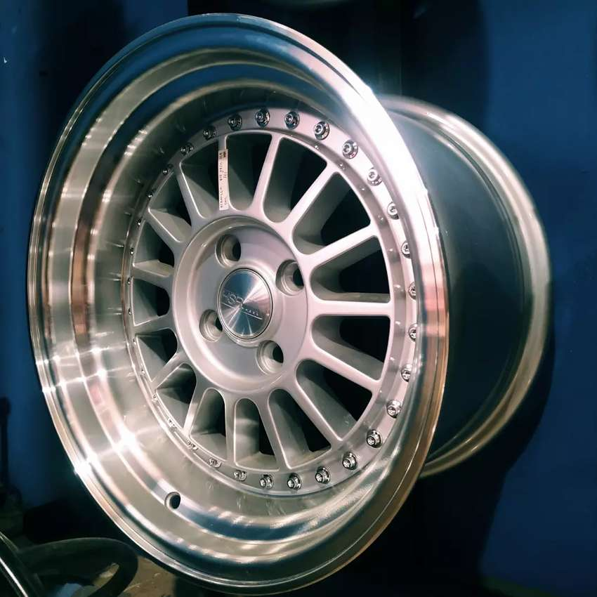 Velg racing jambi untuk mobil agya, ayla, brio, datsun, march, karimun 0