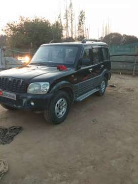 Mahindra Scorpio 2005 Diesel 150000 Km Driven