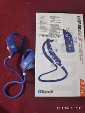 JBL endurance dive brand new headphone 1 week old