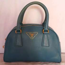 Tas import eks PRADA milano made in Italy ad no seri handbag kulit asl