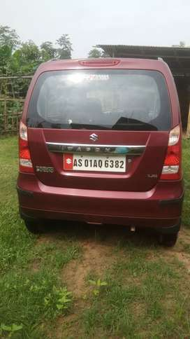 Wagon R LXI in tip top condition at just Rs 230000.