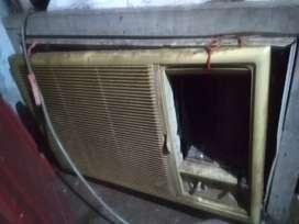 1.5 tonn AC presently down condition