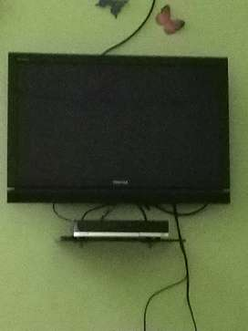 "Toshiba 32"" LED TV"