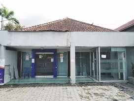 Rumah Toko Pinggir jalan solo