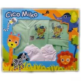 Kado Bayi Set Pakaian  U : 0-3 Bln