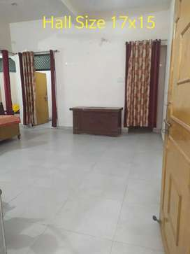 Two bhk flat for good family or matured students