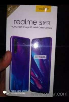 Realme 5 pro 8 GB RAM 128 GB MEMORY and quadcamera