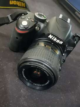 Nikon d3200 with 18.55mm lens with box