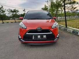 Promo spesial ! Kredit murah Toyota Sienta V matic 2016 new look!!