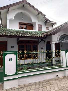 Disewakan Rumah Strategis di Kompleks Sorowajan Baru