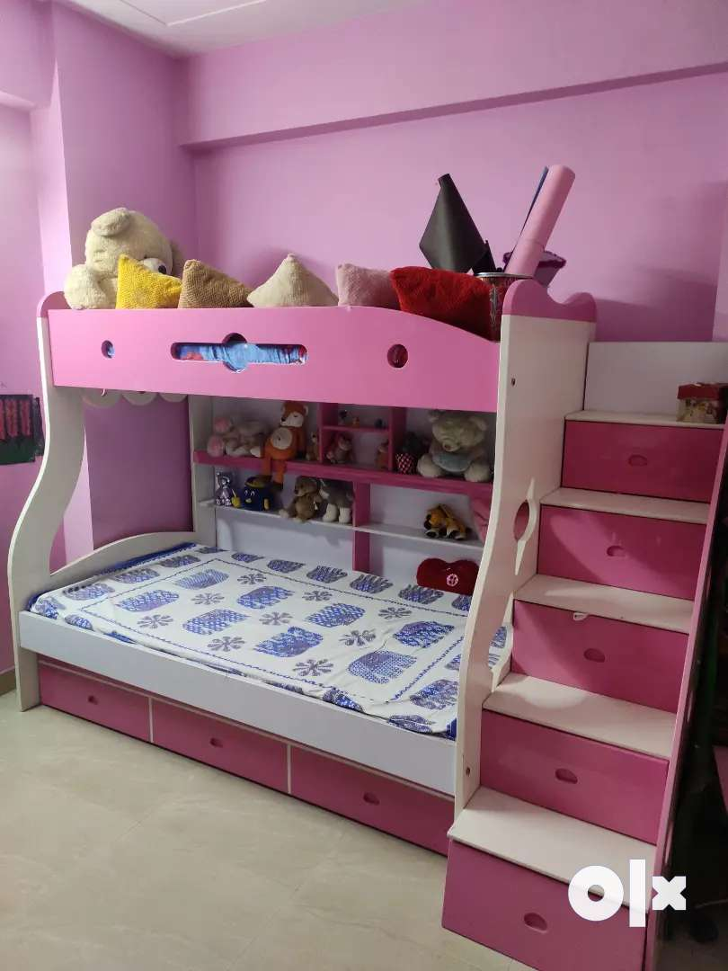 Bunk bed triple layer with 3 Mattresses and storage cabinets 0