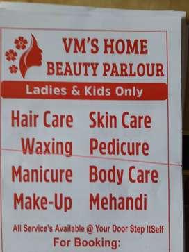 Beauty parlor services