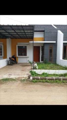 Dijual Rumah di Perumahan Graha Kencana Blok F8 No.4, Batujajar