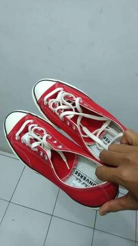 Converse Chuck Taylor 70s Merah/Red ORI (Ukuran 45) MURAH NEGO!!!