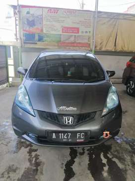 Honda jazz S 2011 MT