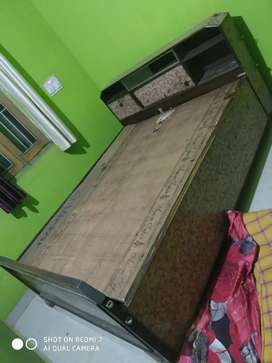 Double bed king size ,full strongly wood &ply