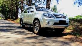 Mobil Fortuner 2.7G Bensin Rp. 157.000.000