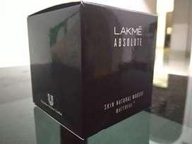 Lakme , Foundation, 1 week old, Shade doesnt match my skin tone