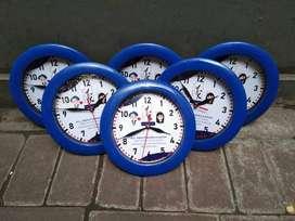 Souvenir Jam Dinding Perusahaan Bank Ulang Tahun Acara Seminar Kit