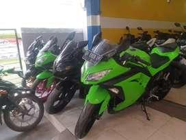 Kawasaki Ninja 250cc F1 2013 kawa kredit di Rafael motor