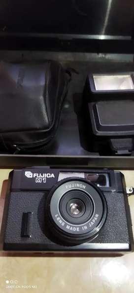 Kamera Fujica M1 fullset include kotak