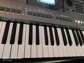 Yamaha PSR I 500 Keyboard with Professional Tones