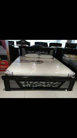 Queen size, King size beds at wholesale