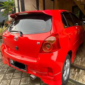 Dijual Toyota Yaris S 2012 - warna merah Ferarri. Pemakaian Pribadi