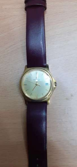 Titan wrist watch with date