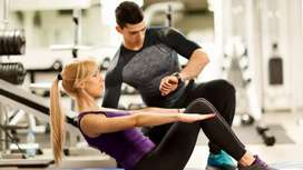 fitness trainer at your doorstep and online
