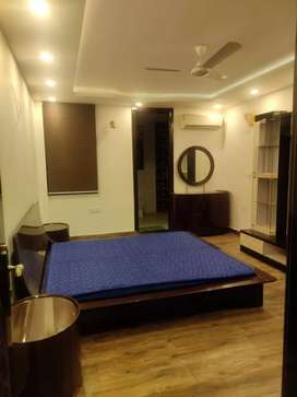 3 bhk a brand-new flat available on rent near saket
