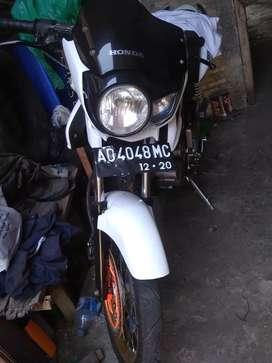 Motor honda tiger th 2000