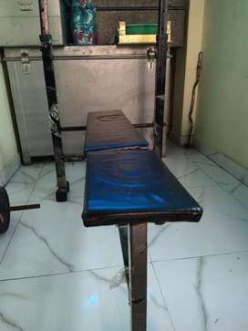 Bench press good condition serious buyer dm me