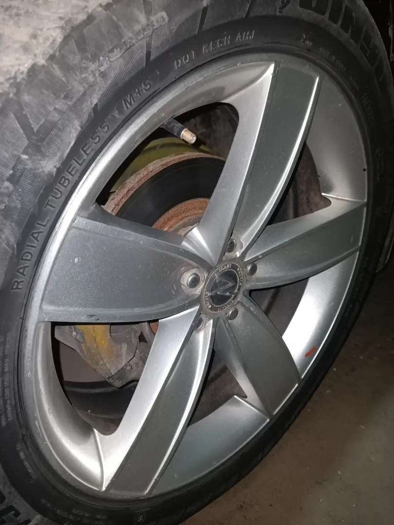 Alloy Rims 17 inch low profile 0