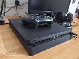 PS4 Slim 500 GB for sell