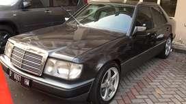 Mercedes Benz W124 300E 1990 Manual Ori