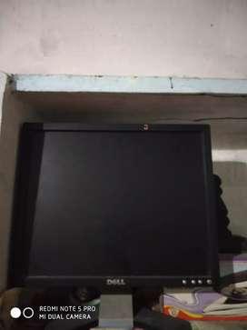 Dell square lcd monitor 18inches