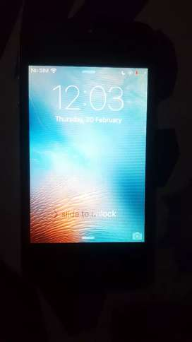 apple i phone 4 pta block hai condition 10by8.5 price dead final 2000