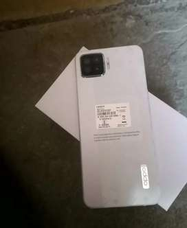 Oppo F17 Selling