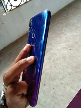 Vivo y95 4 GB ram 64 GB internal  mobile and charger